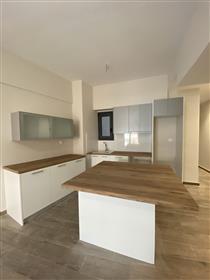 Το South Club-Residences βρίσκεται στην Αθήνα, και συγκεκριμένα στο Νέο Φάληρο, σε μία κατ...