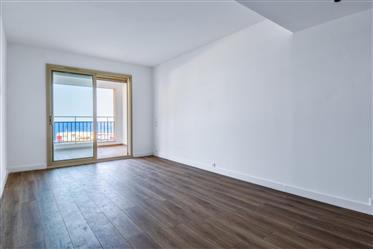 Studio rénové a Monaco avec une vue mer - Fontvieille