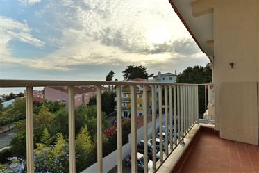 Excelente Apartamento T2 com vista mar