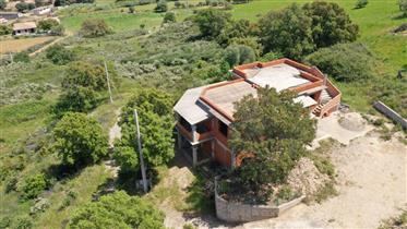 Casa al rustico con vista mare a 2km dalla spiaggia