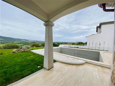 Casa singola con piscina privata e vista mare