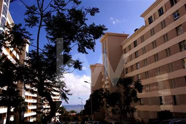 Apartamento T3  | Condominio fechado | Ajuda