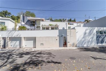 Moradia de luxo T4 com Piscina I 440m2 I Arquitectura modern...