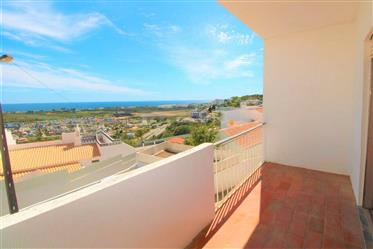 Great T2 Albufeira with a fantastic sea view