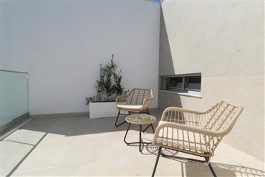 Magnífica moradia M3 com jacuzzi e piscina em Ferragudo