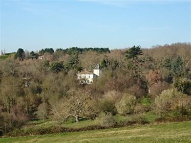 Private Château + 7 self contained units