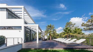 Chailai luxuosa villa na Quinta do Lago