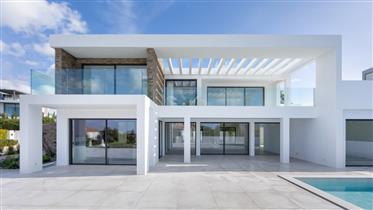 Zephyr contemporary villa with sea views