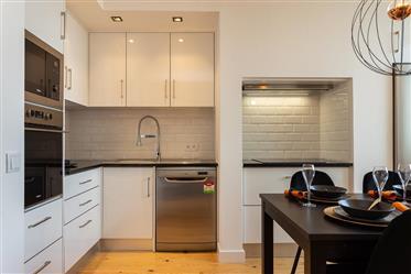 Vendo Apartamento T2 Duplex na Penha de França (Mobilado)