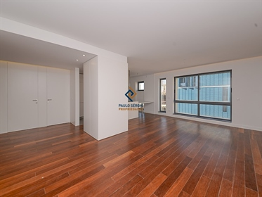 For sale apartmentT4 in Oporto city, fully renovated