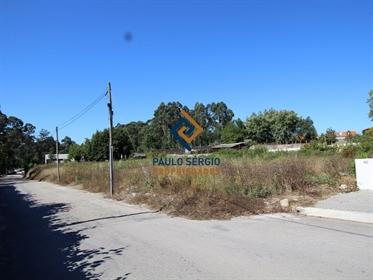 Terreno em Perosinho para construção de 6 moradias.