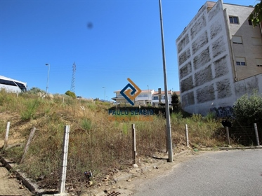 Plot of land with 525m2 in Avintes
