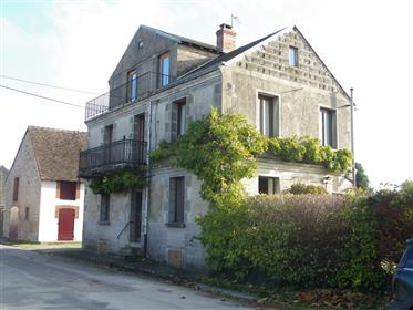 Partly renovated habitable house in Saint Leger Magnazeix 6 ...