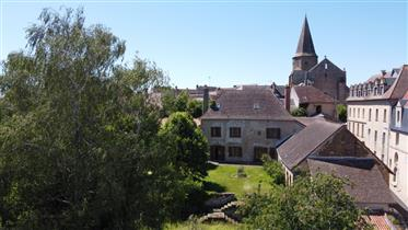Stunning manor house ( former vicarage) in the hert of Magnac Laval