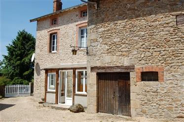 Bargain priced stone property genuine succession sale by the notaire.