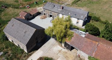 Superb agricultural property of 88ha 11a83ca grouped, main a...