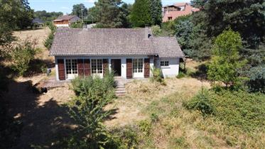 Bunagalow built in 1978 with 3050m² of land and stunning views