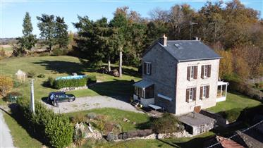 Beautifully presented fully renovated 3 bedroom house close to La Souterraine -