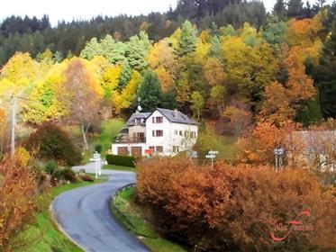 Proche Egletons et Meymac (19) - Très belle maison de 200m2 dans une petite village
