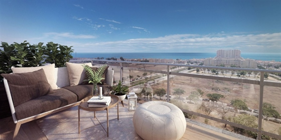 This spectacular development situated in Torre del Mar comprises 2, 3 and 4-bedroom apartm
