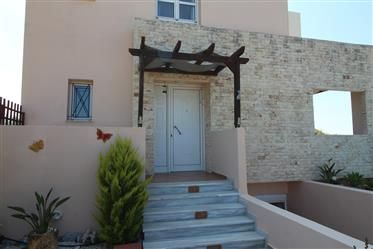 New Price – Detached Villa with Pool