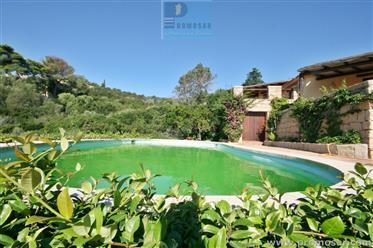 Villa con piscina al Pevero Golf Cala di Volpe