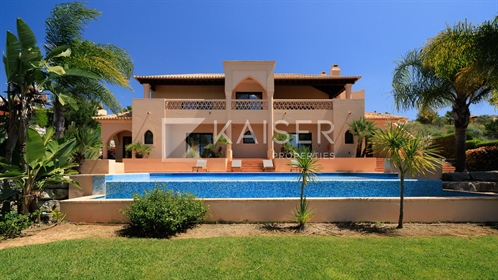 Fabulous villas on a Golf Resort with private pool.