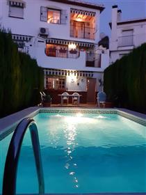 Espectacular Casa En El Barrio De Monachil