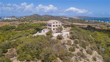 Magnifique propriété sur la côte nord de Menorca avec accès privé à la mer