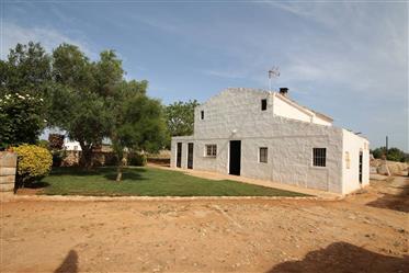 Maison de campagne à côté de Ciutadella,