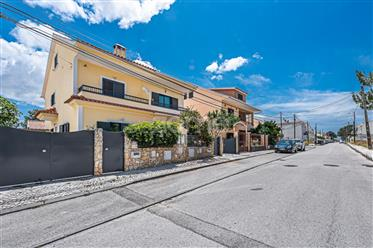 Moradia Triplex T3 Com Garagem Quinta do Conde