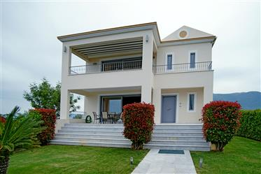 Luxury Villa 350sq.m