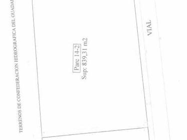 Terreno: 832 m²