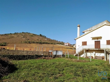 8 bedrooms Farmhouse for Sale