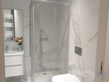 Luxurious apartment of type T3 with 165 m2, completely new, very well located near the bat