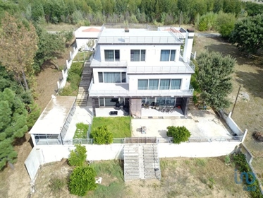 House T5 for sale in Tomar.