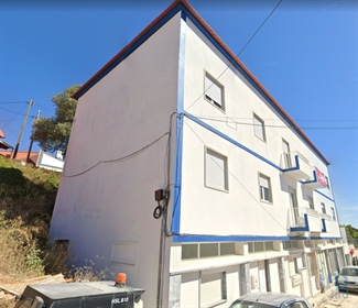 Excellent business opportunity, Magnificent flat T4 fully renovated in central area of Por