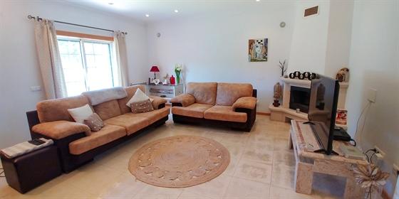 Venda Casa / moradia 241 m² - 5 quartos