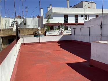 Magnífico piso en venta en Córdoba junto a Costa Sol (Ciudad Jardín).