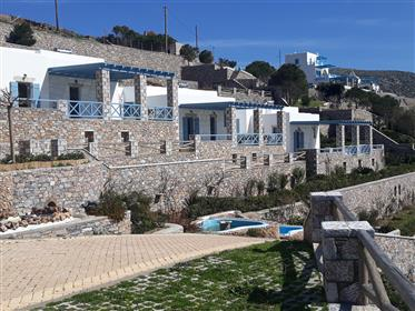 Tholariani Villas