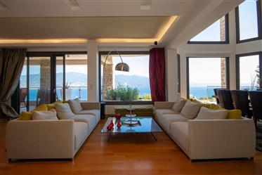 Κατοικία με Θέα Θάλασσα