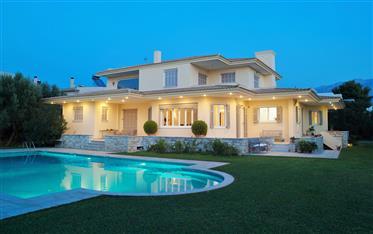 Demeure de prestige : 572 m²
