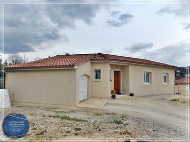 Vivenda: 100 m²