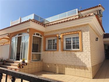 Jolie maison jumelée de 3 chambres - Los Dolses