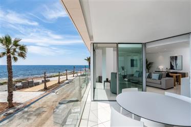 První linie výhled na moře apartmány Torrevieja Key Ready