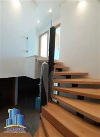 Apartment: 105 m²