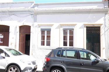 Casa Típica Algarvia no Centro de Faro