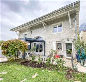 Bossey : Magnificent farmhouse entirely renovated