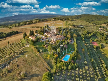 Luxus-Immobilie: 2650 m²