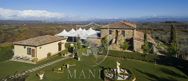 Located between Pienza and Montepulciano, the real estate co...